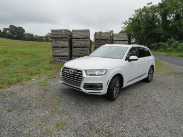 The Audi Q7 is an impressive SUV featuring plenty of luxury combined with technology and safety in a very attractive package.