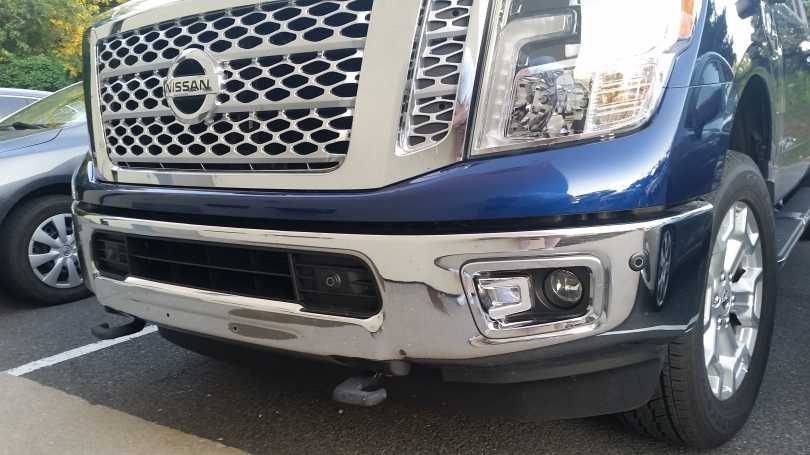 Nissan Titan XD features On/Off headlights, with integrated DRL's, Fog lights, and LED lighting.