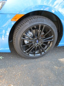 Subaru BRZ Hyper Blue Edition featured very nice black wheels, a Brembo Brake caliper option is also available.