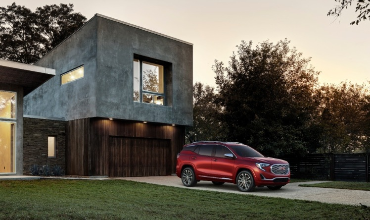 GMC Terrain for 2018 comes with three engine choices and several trim levels.