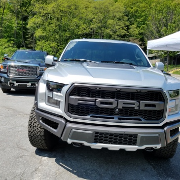 Ford F150 Raptor and GMC Sierra 2500 show off their might!