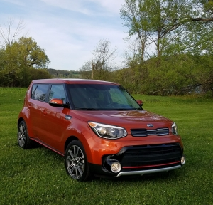 2017 Kia Soul in Wild Orange