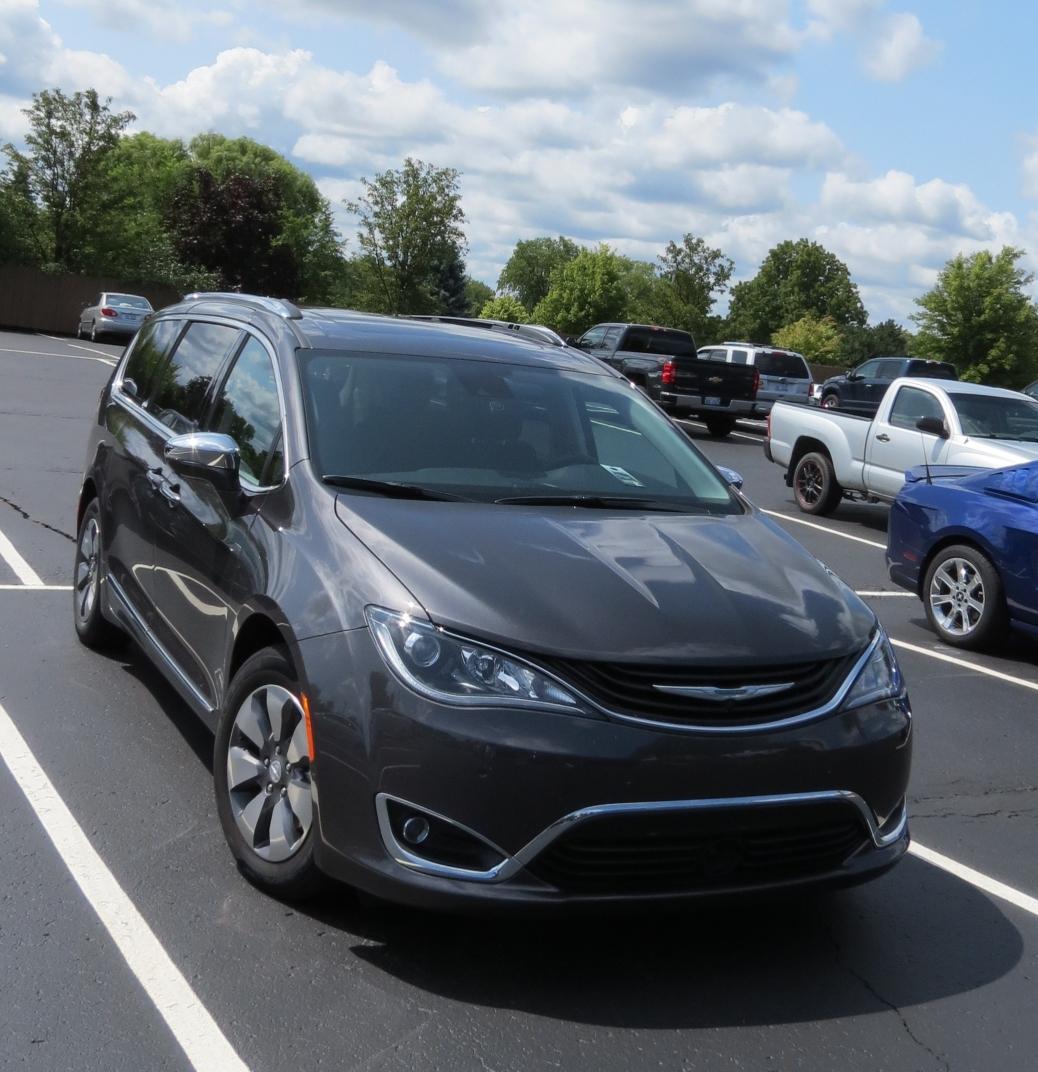 2018 Chrysler Pacifica Hybrid Limited the new tech mini-van.
