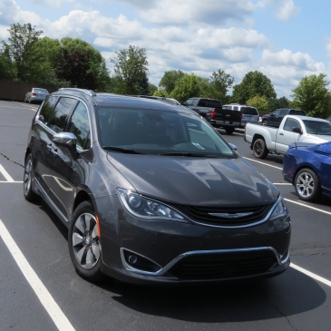 2018 Chrysler Pacifica Hybrid Limited the new tech mini-van.