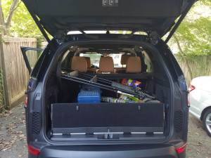 cargo space in the land rover discovery