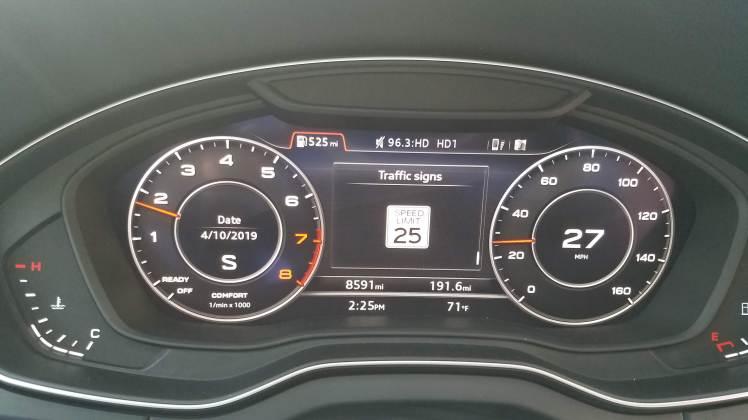 Audi Q5 Dash Board displaying Traffic Signs