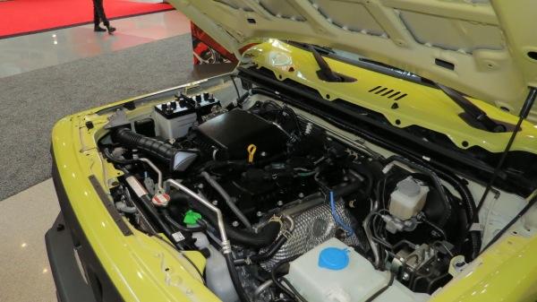 Suzuki Jimny 1.5 liter engine