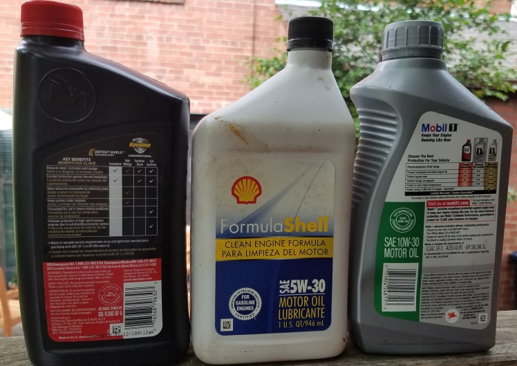 Havoline Shell and Mobil 1 motor oil with API Seals