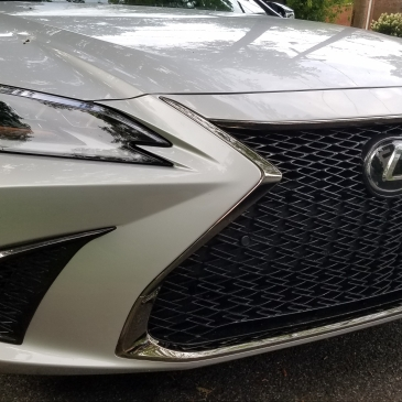 Lexus ES 350 F Sport Grill