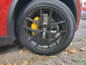 Alfa Romeo Stelvio with Yellow Painted Calipers