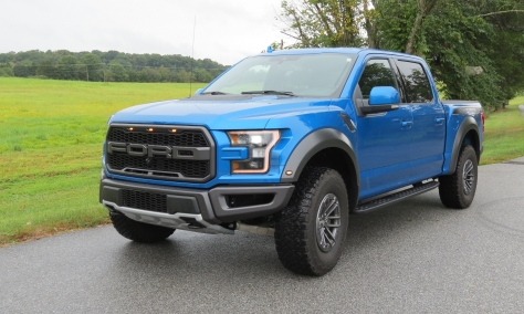 Ford Raptor Pickup in velocity Blue