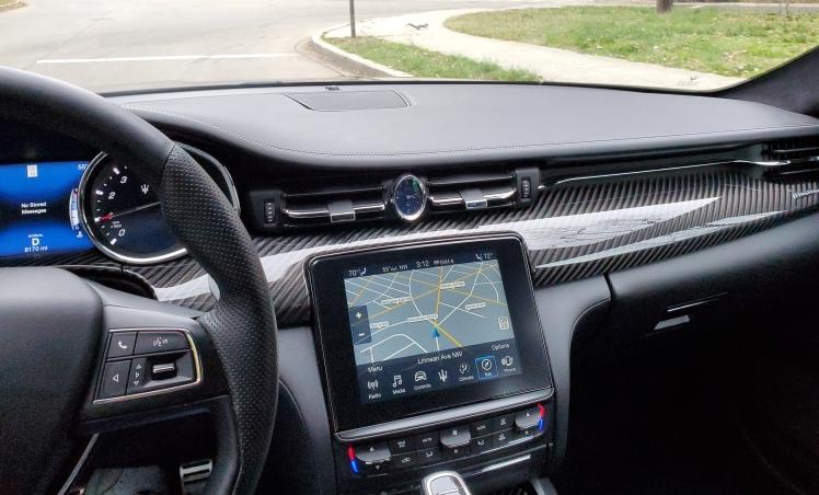 Maserati Quattroporte Dash