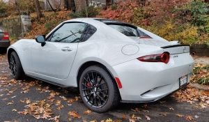 Left Rear of 2019 Mazda MX5 Miata RF top up