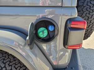 2020 Jeep Wrangler EcoDiesel Fuel Filler