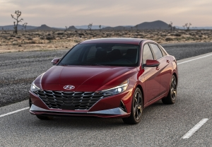 2021 Hyundai Elantra in Red