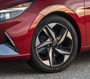 2021 Hyundai Elantra Wheel