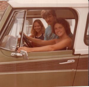 The 1973 Jeep Commando with Loretta, william west hopper and Linda.