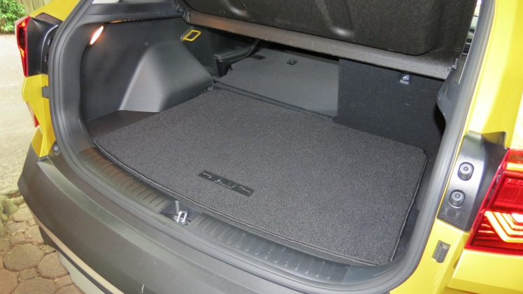 2021 Kia Seltos with the cargo floor raised