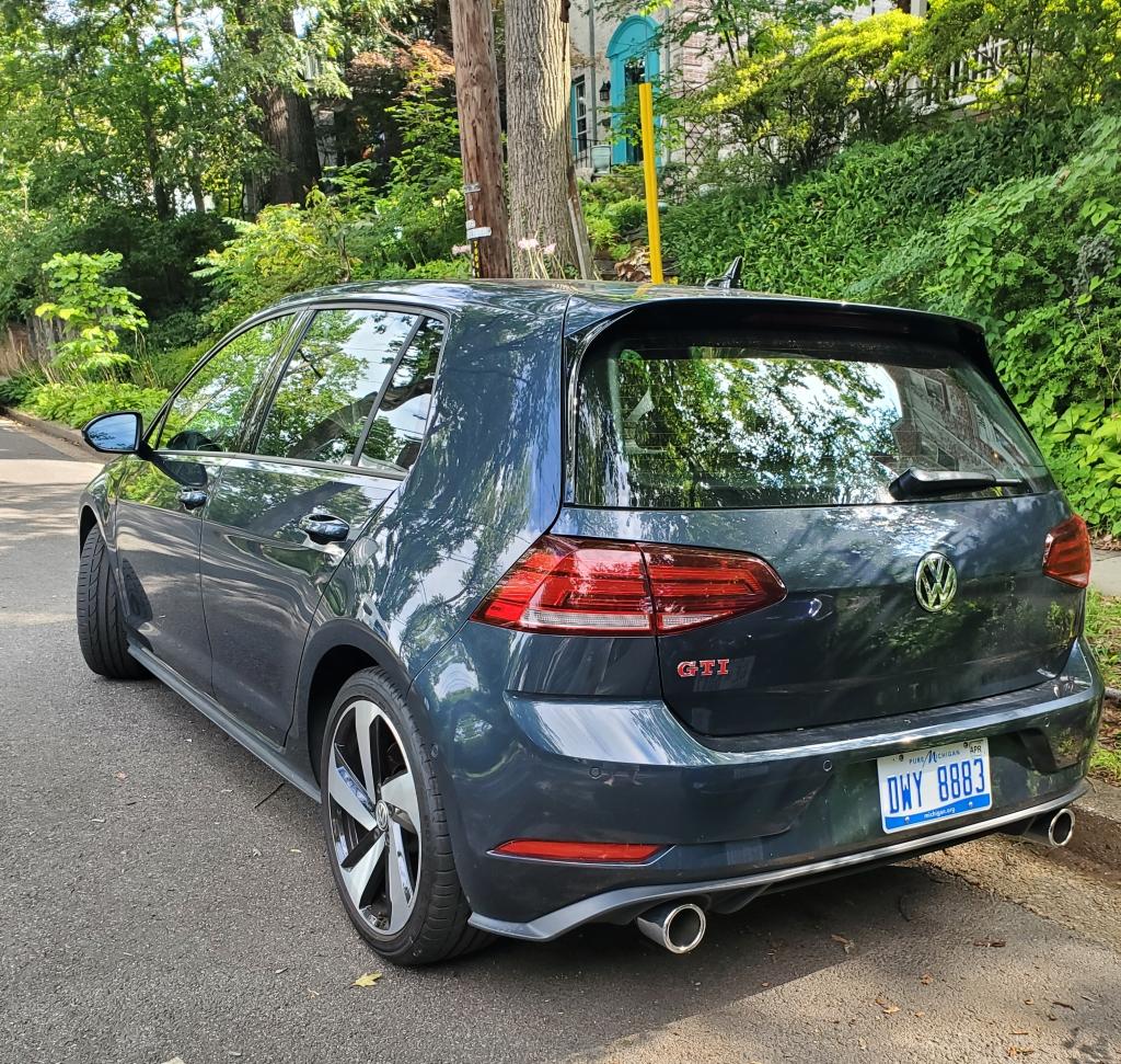 2020 VW GTI Left
