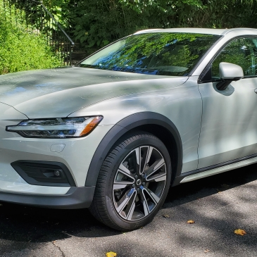 2020 Volvo V60 T5 AWD Cross Country