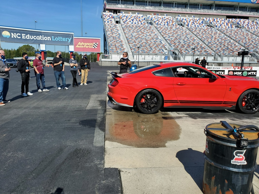 SHELBY GT500 at the Z Max Dragstrip