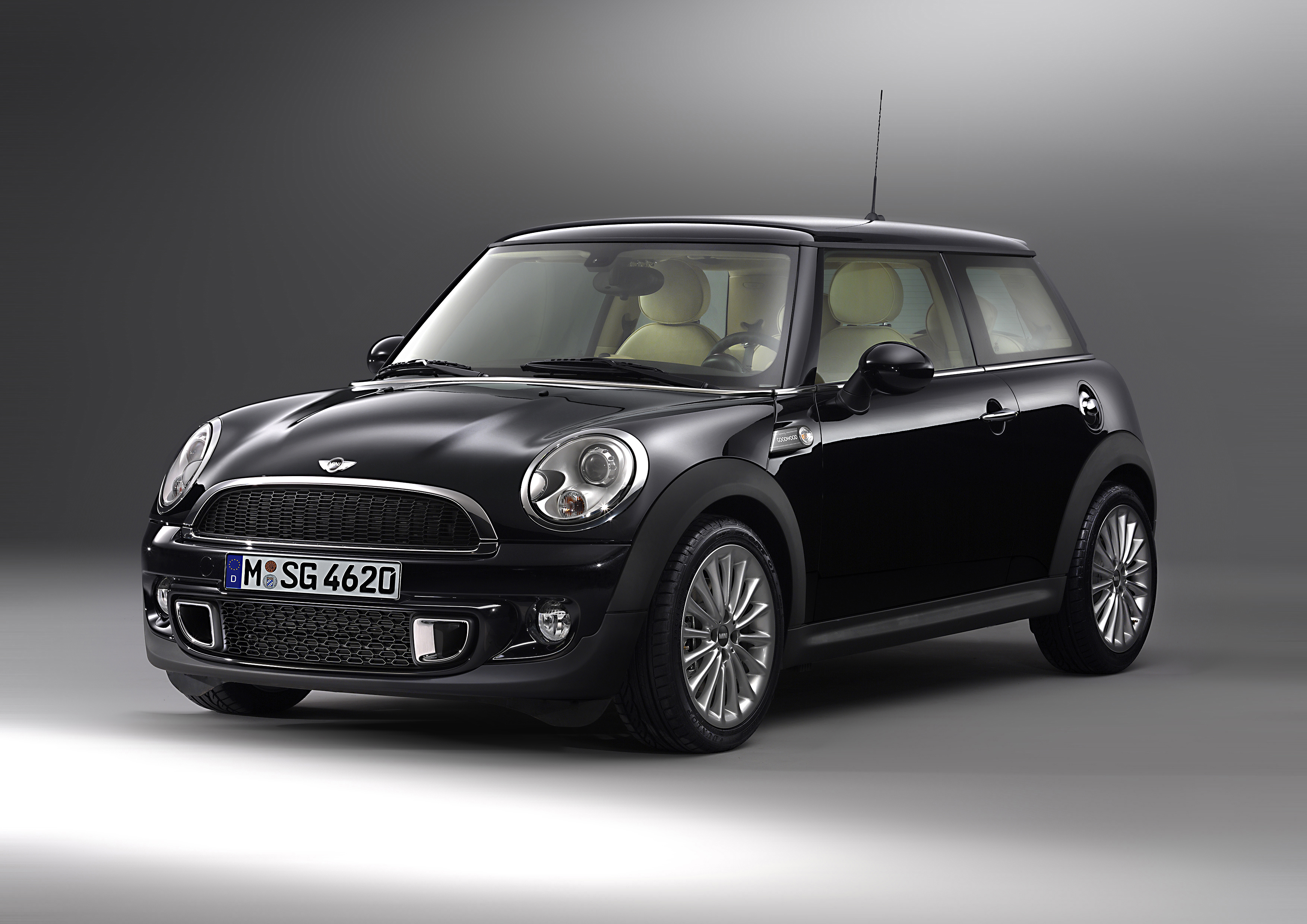 The bespoke Goodwood Edition MINI inspired by Rolls Royce