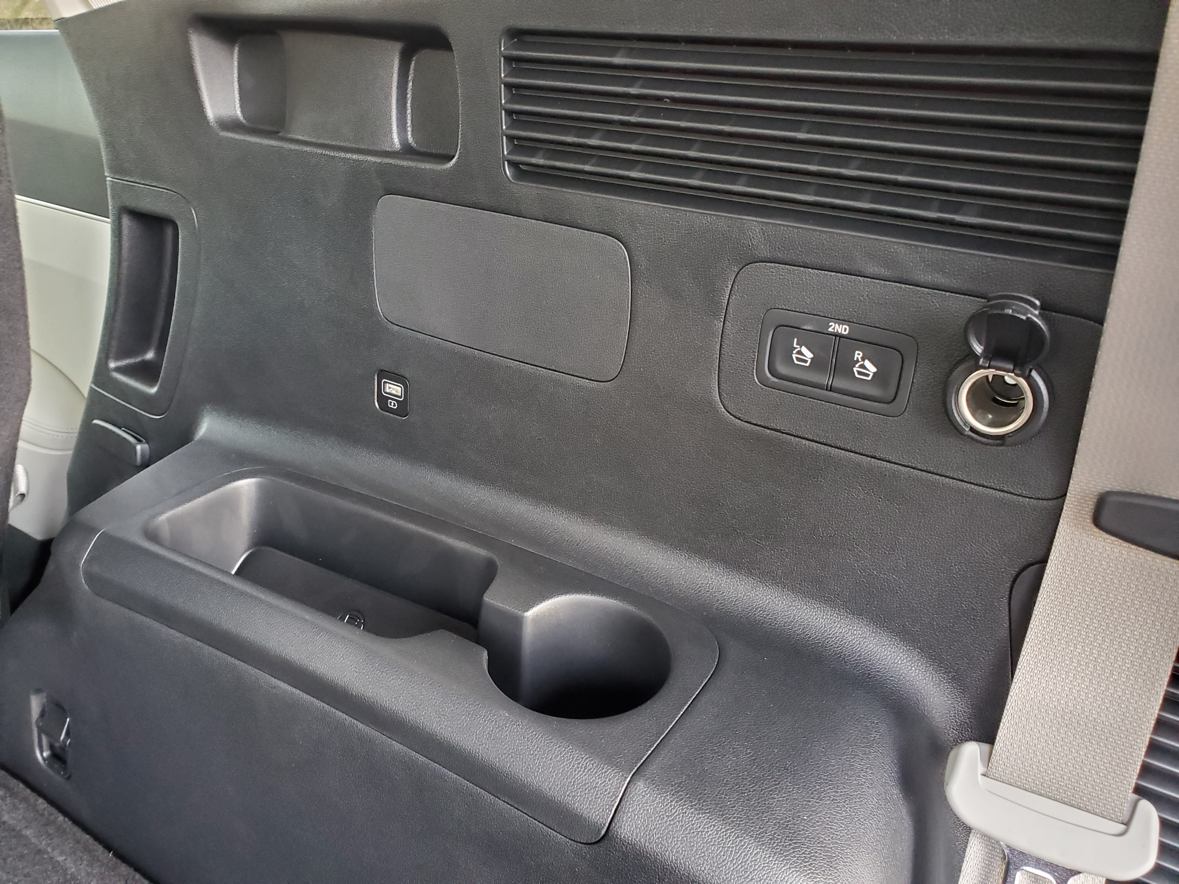 USB outlets on both sides of the 3rd row as well as a 12V outlet for the cargo area when needed.