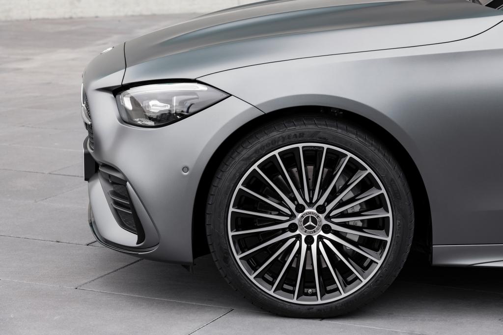 Mercedes-Benz C-class left front