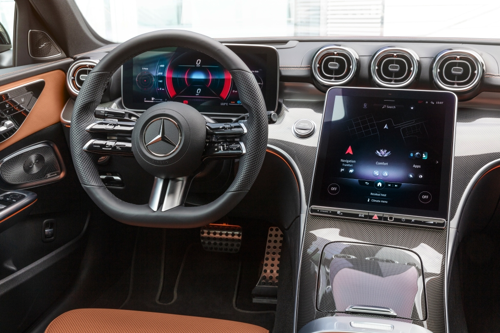 Mercedes-Benz C-Class 2022 Dash