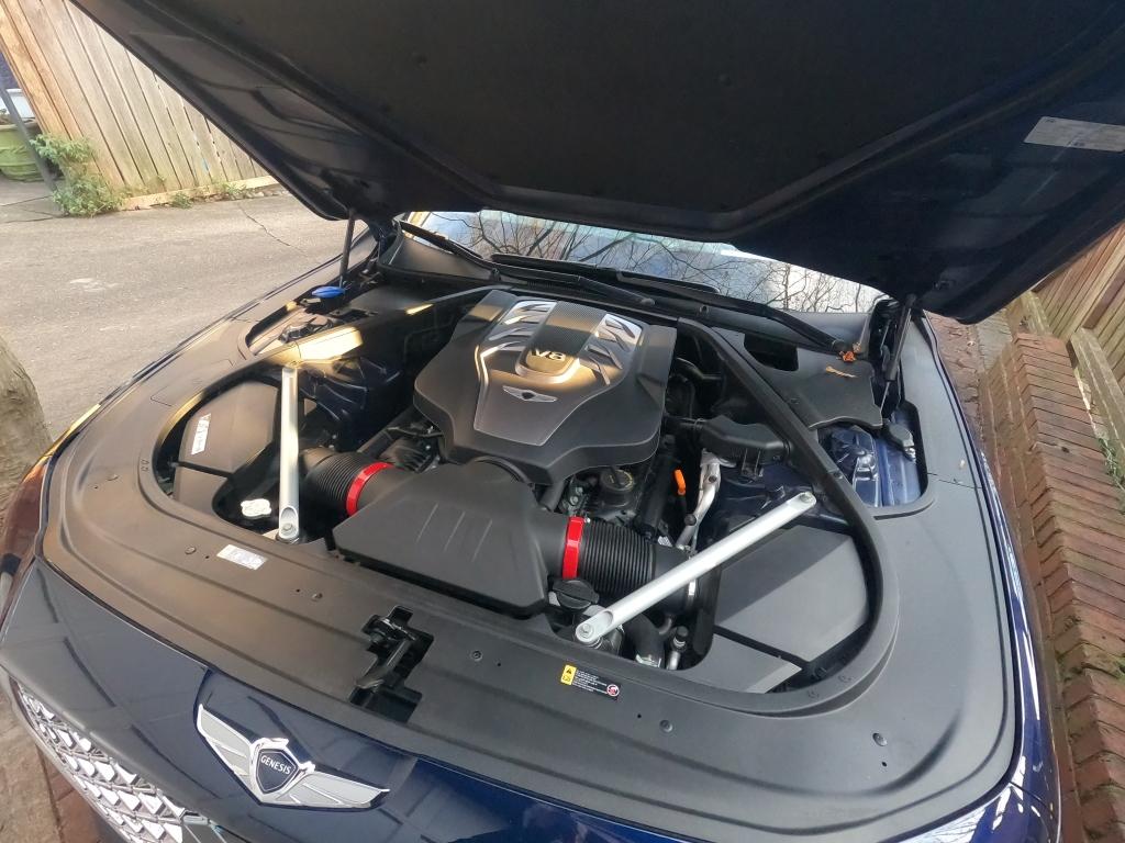 Genesis G 90 5.0 Liter V8 Engine