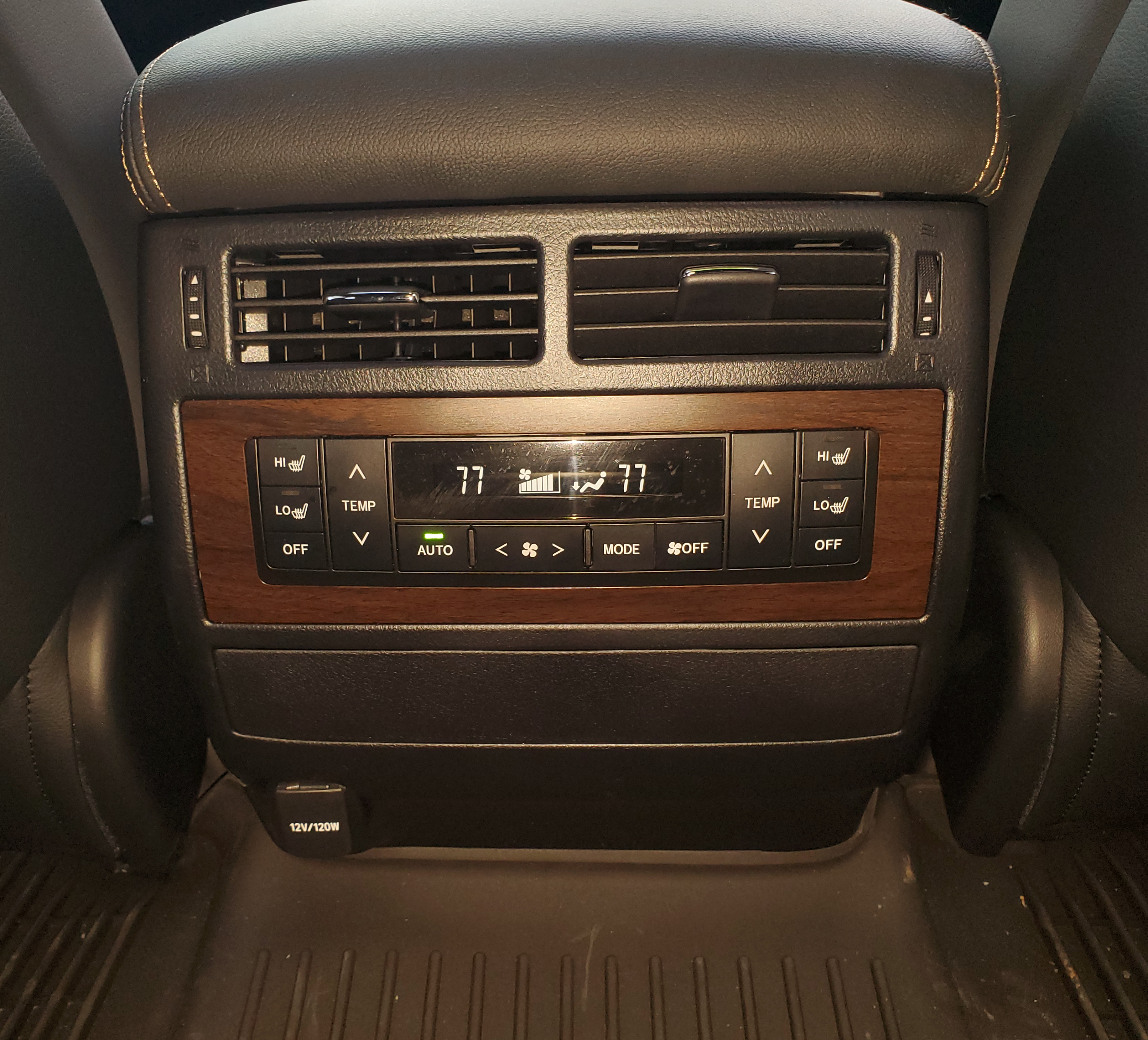 Toyota Land Cruiser 2nd row HVAC controls and 12 Volt outlet