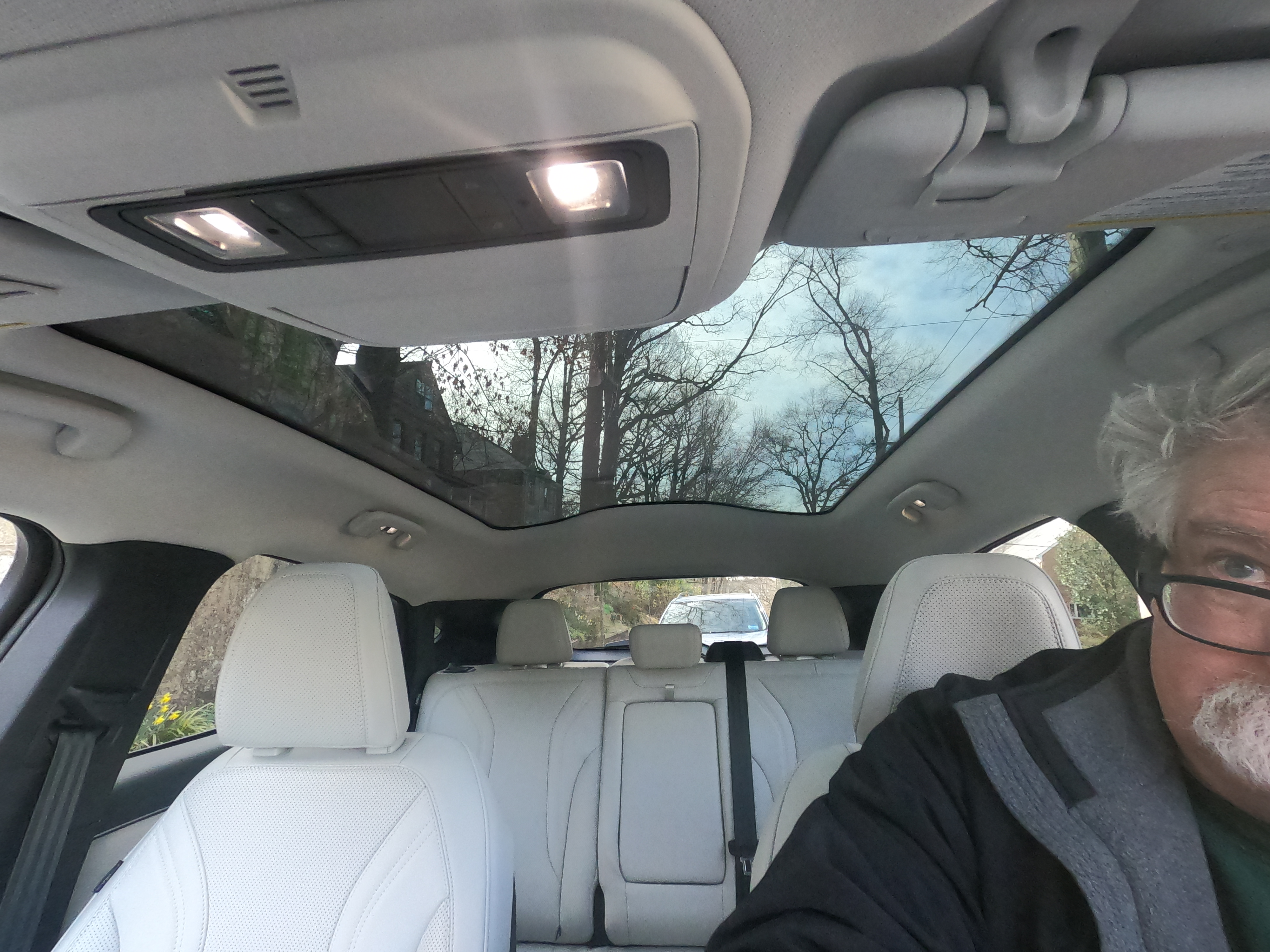 fixed glass roof on the ford mustang mache