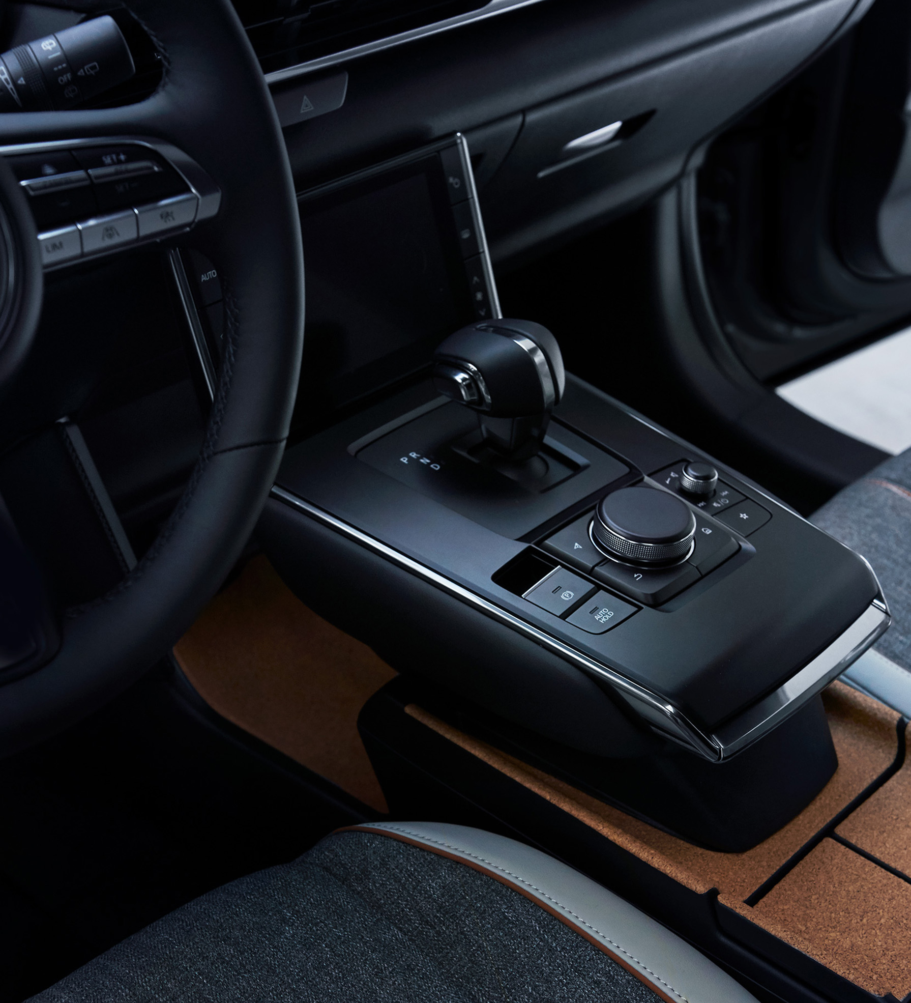 Mazda MX 30 Center Console with gear selector and multi function command knob