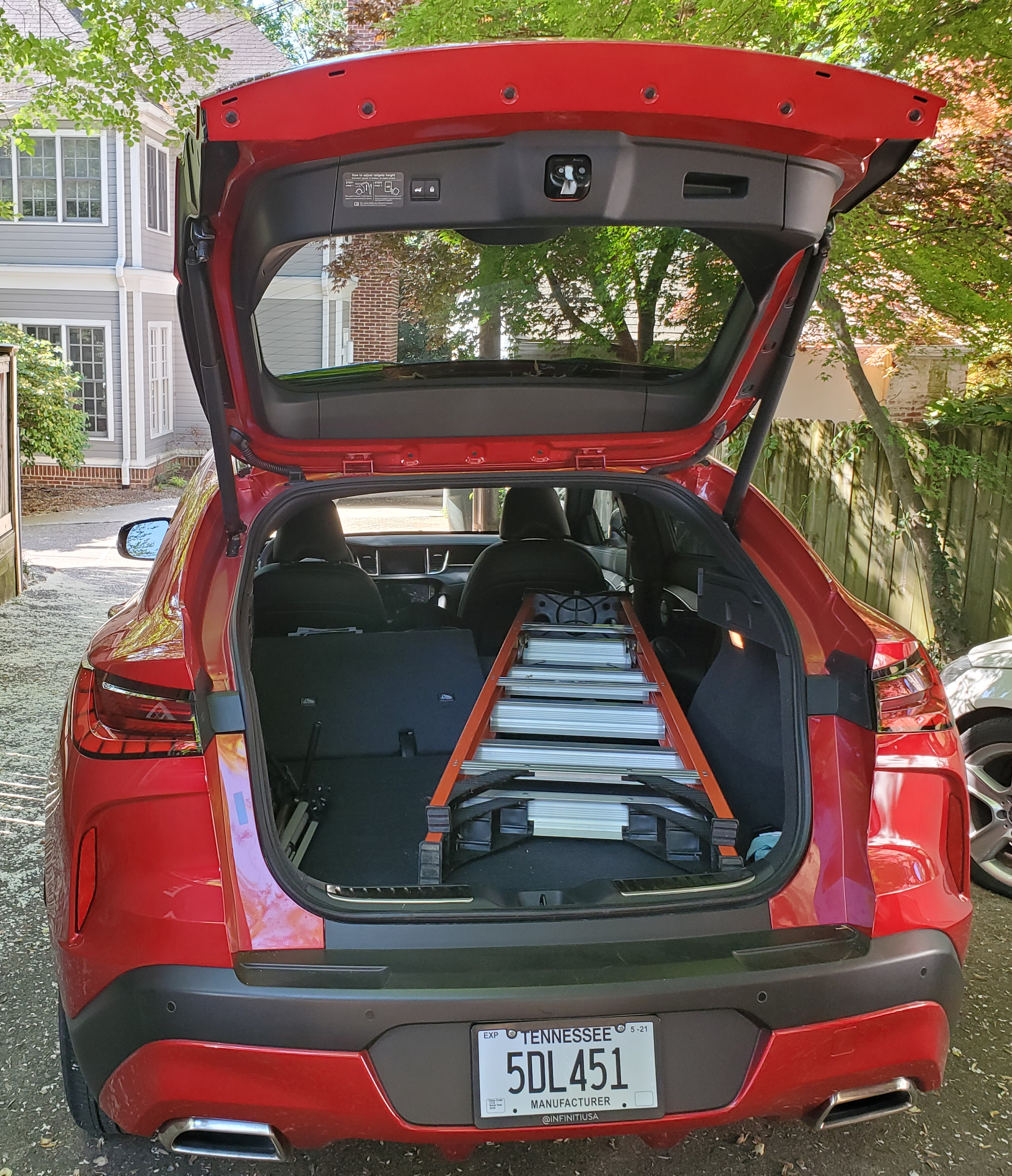 Infiniti QX55 cargo with 6 foot ladder